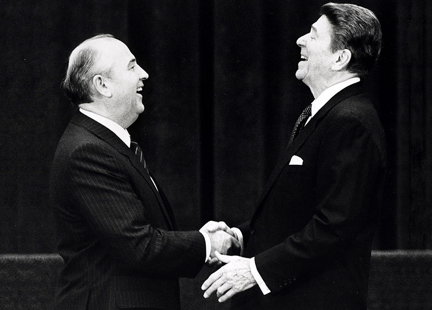 М.Горбачёв ушёл с поста Президента СССР за 10 млрд. американских долларов
