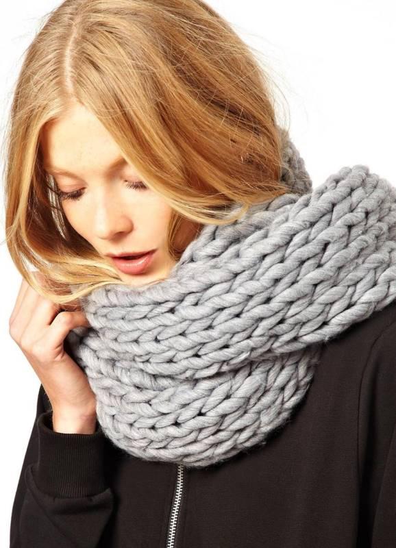 Крупное вязание спицам шарфа