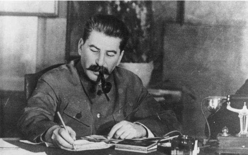 Заслуги Сталина: защита кириллицы