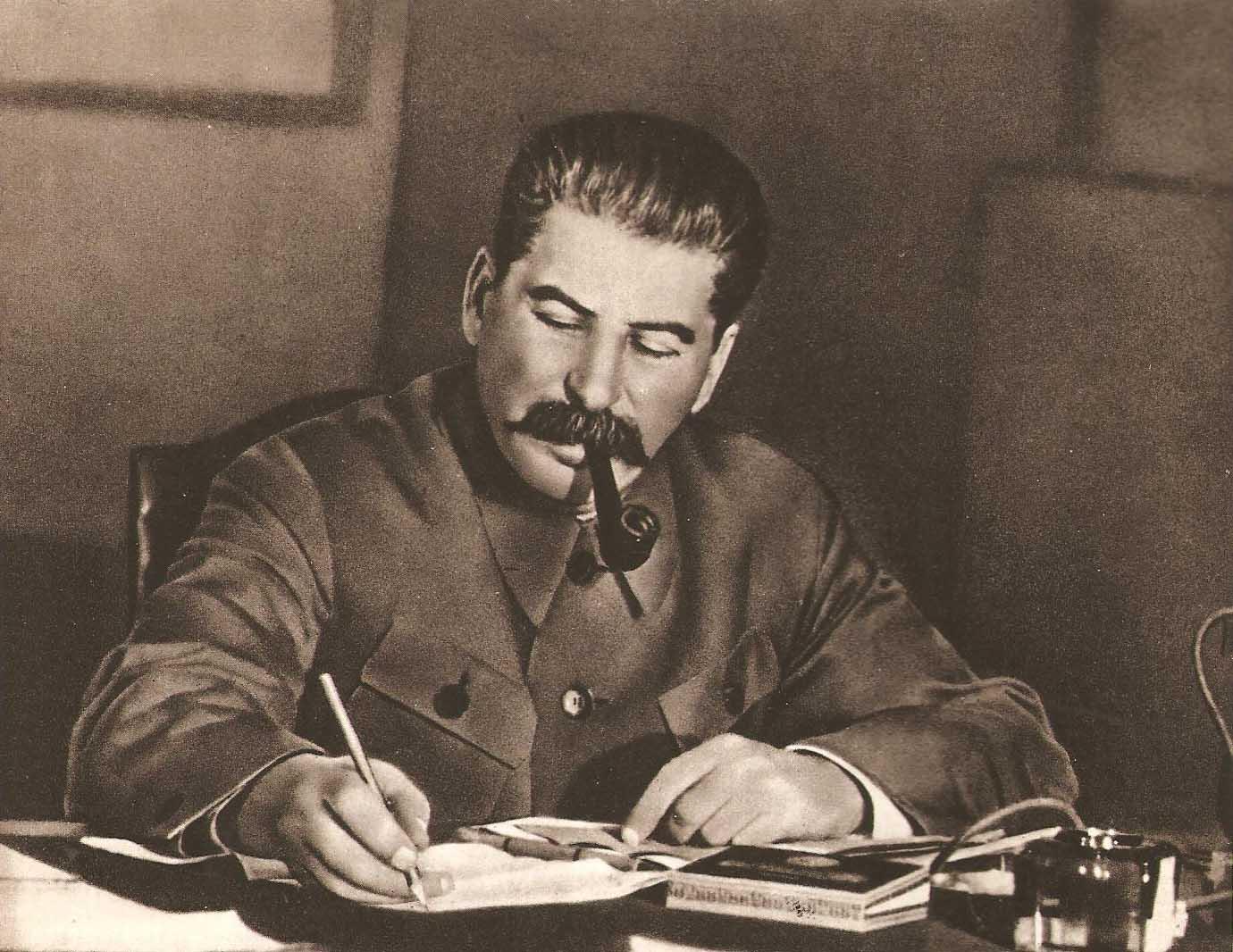 """А.Фурсов: как """"посредственный"""" Сталин гениев мировой революции Ленина с Троцким обыграл"""