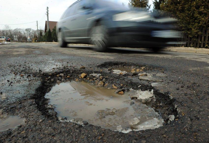 В России появятся штрафы за строительство плохих дорог