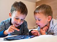 Планшеты опасны для психики детей, предупреждают ученые