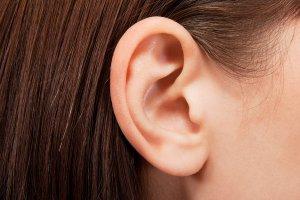 Уши могут многое рассказать о вашем здоровье, и вот 8 вещей, на которые лучше обратить внимание