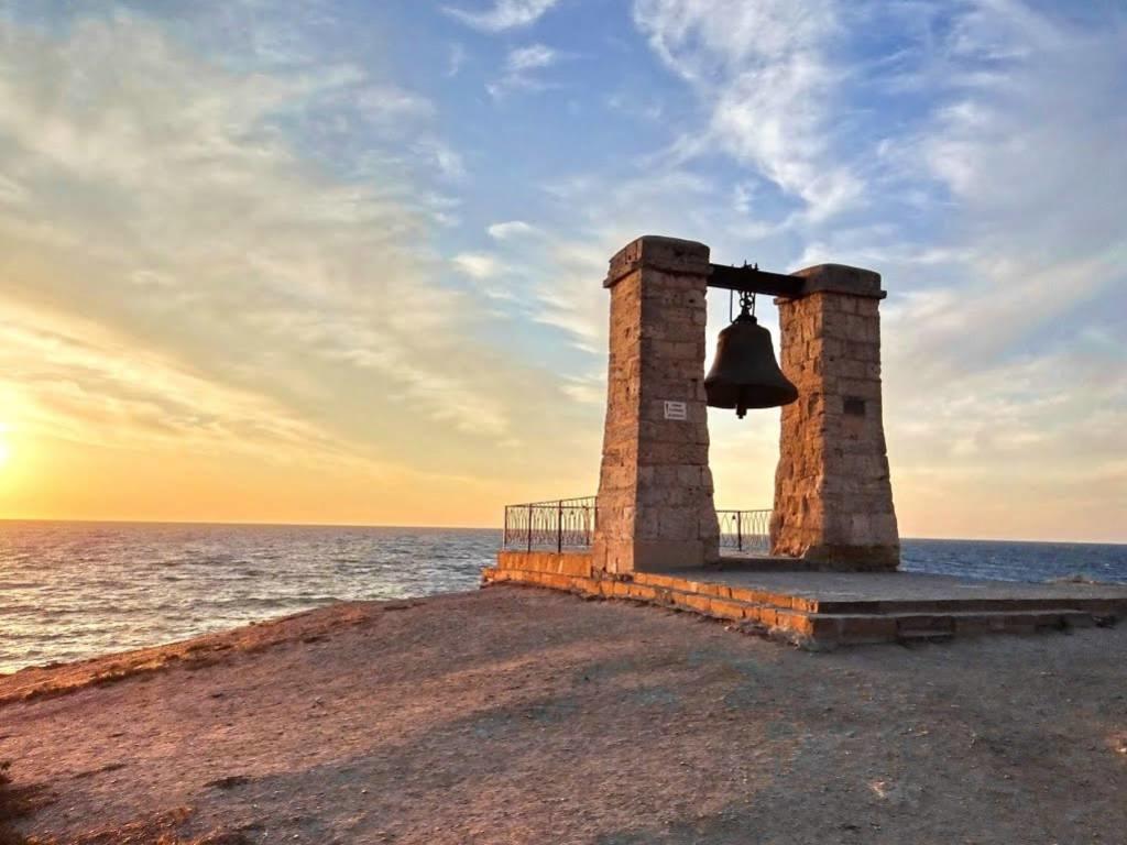 Что значит Севастополь для Запада?