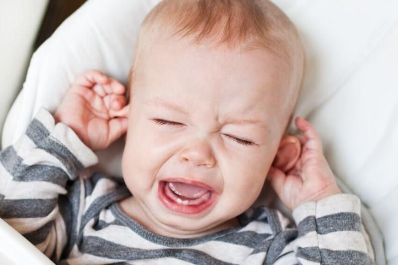 Почему младенец плачет: вы будете удивлены