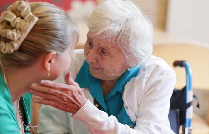Болезнь Альцгеймера причины: тренируйте память